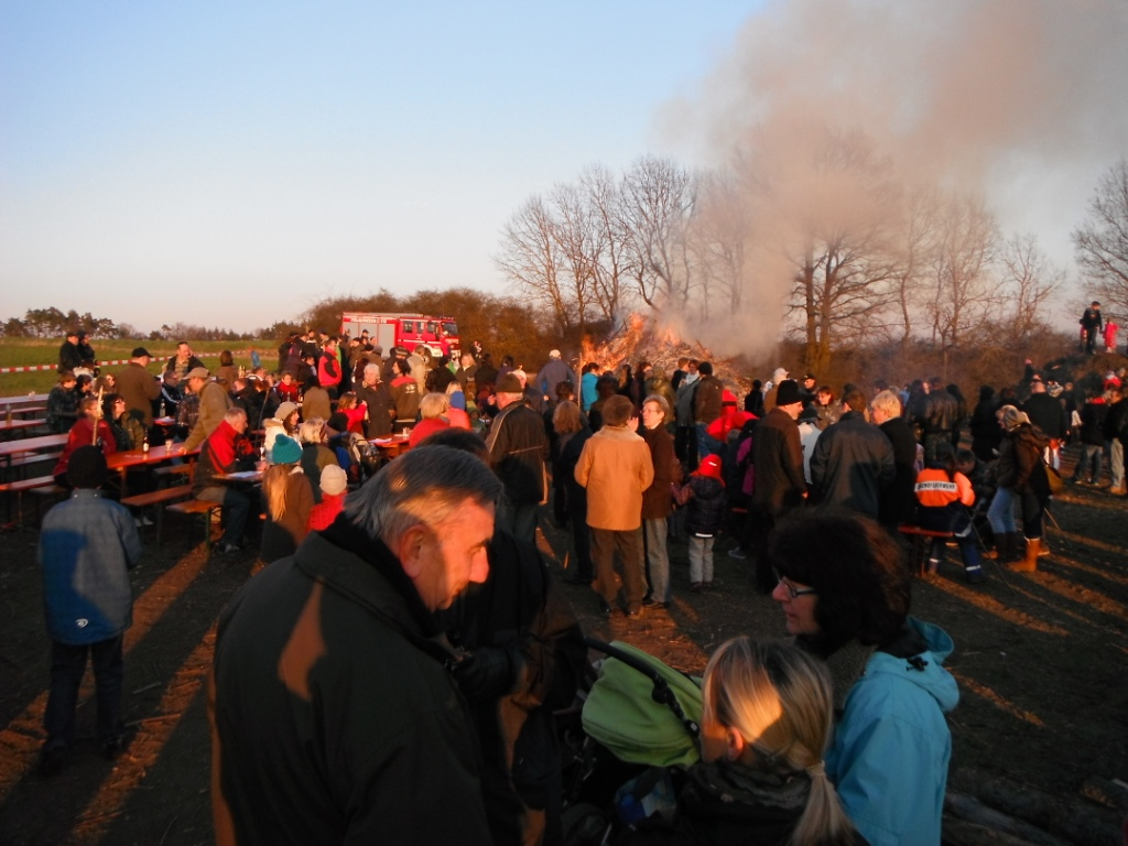 img Osterfeuer2012 2